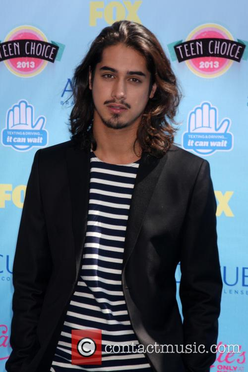 Teen Choice Awards, Avan Jogia, Gibson Ampitheater