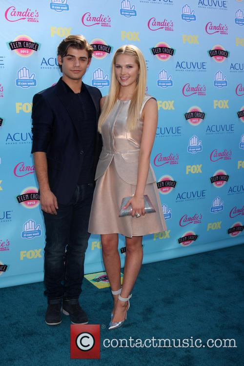 garrett clayton claudia lee teen choice awards 2013 3810209