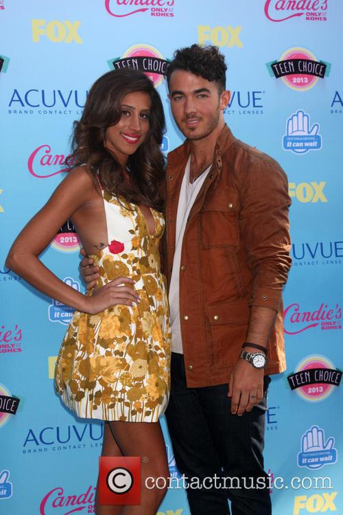 Kevin Jonas and Danielle Jonas 2