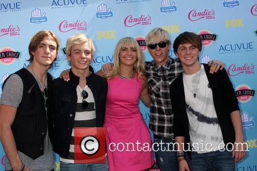 Ross Lynch, B5 Band, Gibson Ampitheater