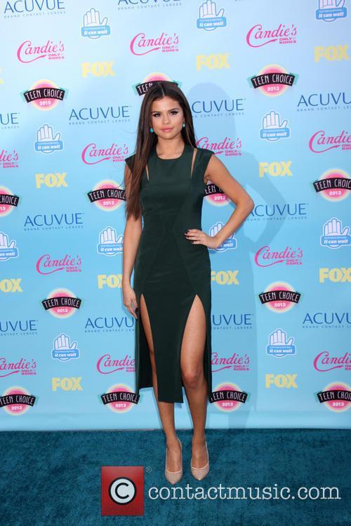 Selena Gomez, Gibson Ampitheater