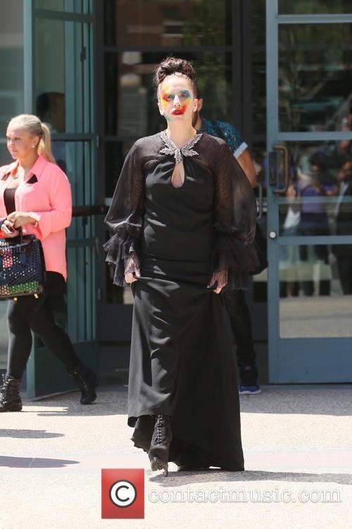 Lady Gaga leaving E! building