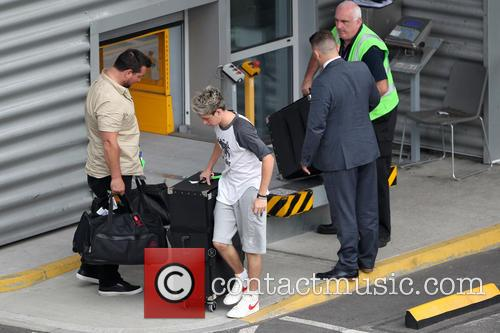 Niall Horan arrives in London