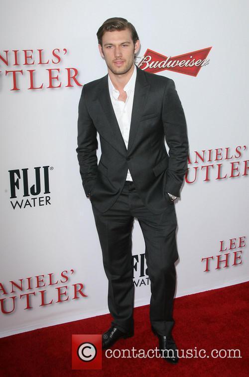 Alex Pettyfer 1