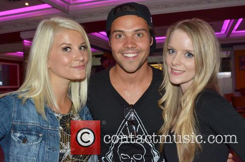 Singer Fiona Culley, Andy Jordan and Rachel Button 2