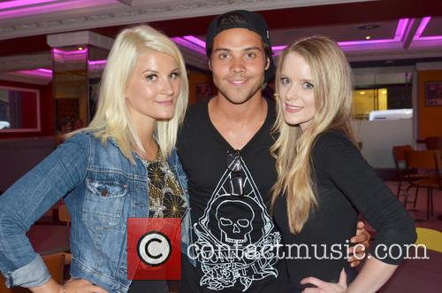 Singer Fiona Culley, Andy Jordan and Rachel Button 3