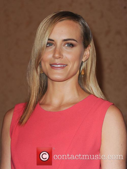 taylor schilling hfpa annual luncheon 3813766