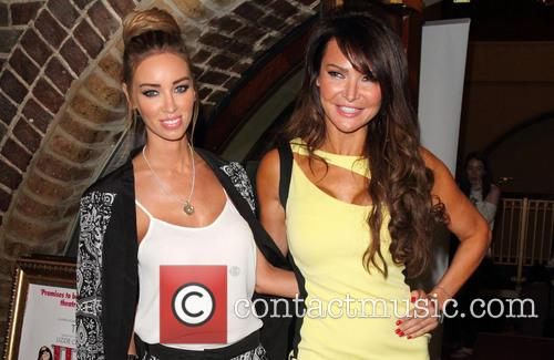 Lizzie Cundy and Lauren Pope 5