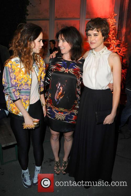 Lena Meyer-landrut, Charlotte Roche and Carla Juri 10