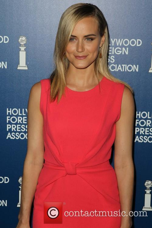 taylor schilling hollywood foreign press associations 2013 3813266