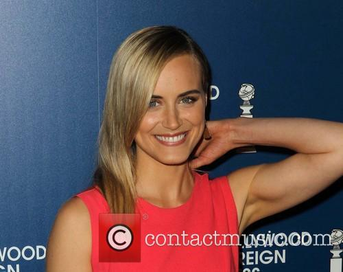 Taylor Schilling 12