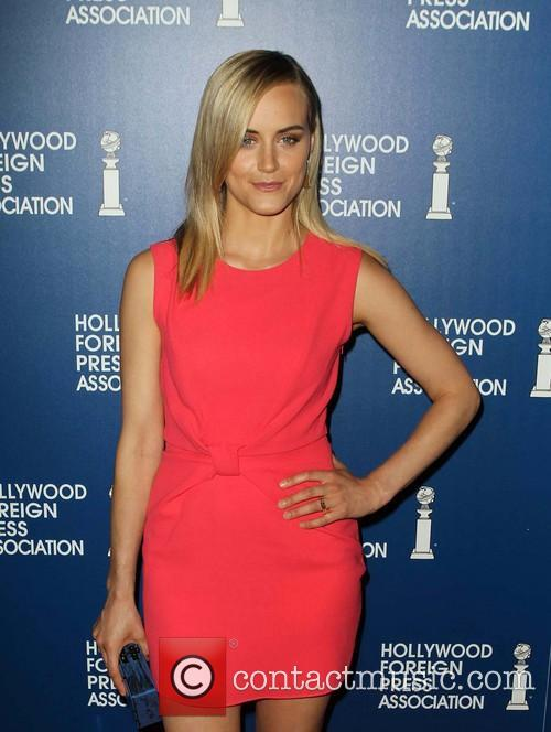 Taylor Schilling 15