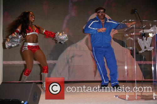 Naomi and Big Show 5
