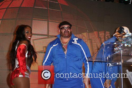 Naomi and Big Show 6