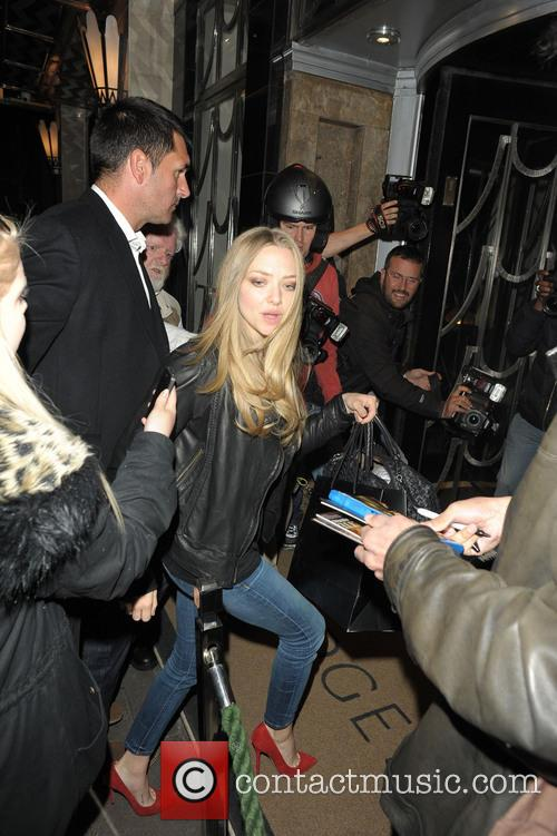 Amanda Seyfried leaves Yauatcha restaurant