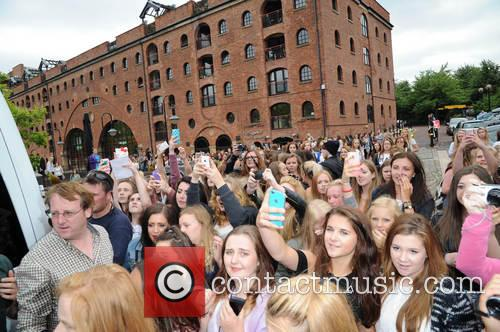 The Vamps are mobbed by fans