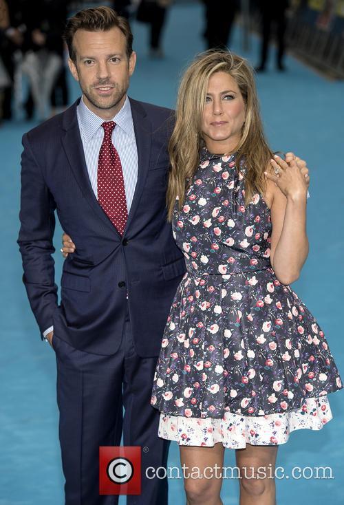 Jennifer Aniston and Jason Sudeikis 1