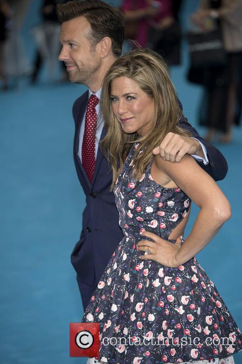 Jennifer Aniston and Jason Sudeikis 9