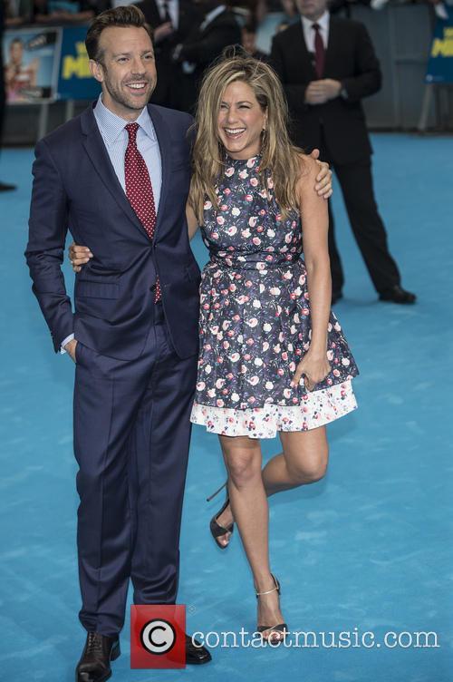 Jennifer Aniston and Jason Sudeikis 10