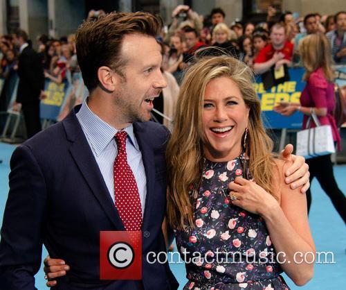 Jason Sudeikis and Jennifer Aniston 2