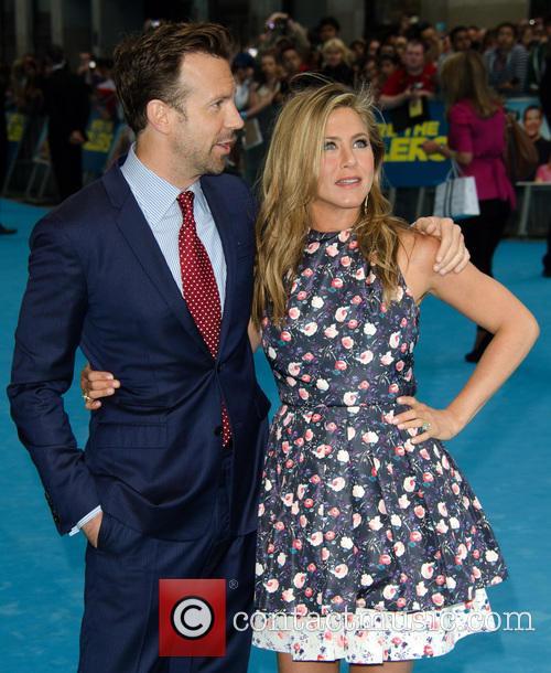 Jason Sudeikis and Jennifer Aniston 3