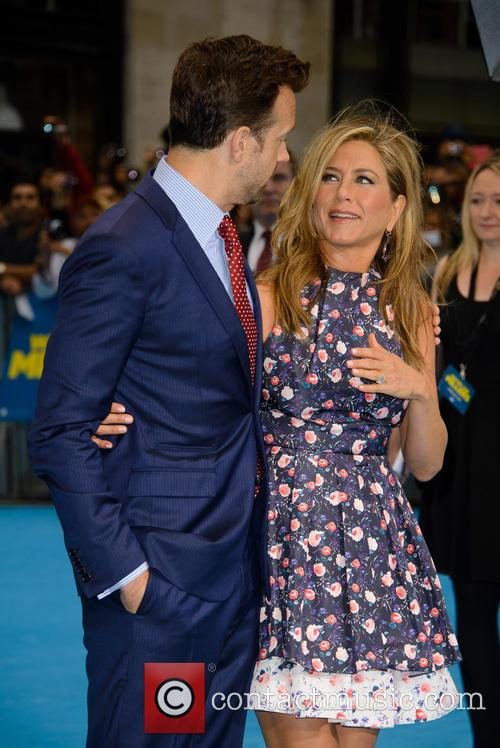 Jason Sudeikis and Jennifer Aniston 10