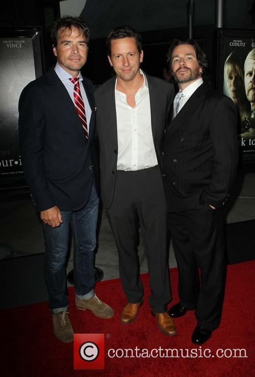 Matthew Settle, Ross Mccall and Frank John Hughes 2