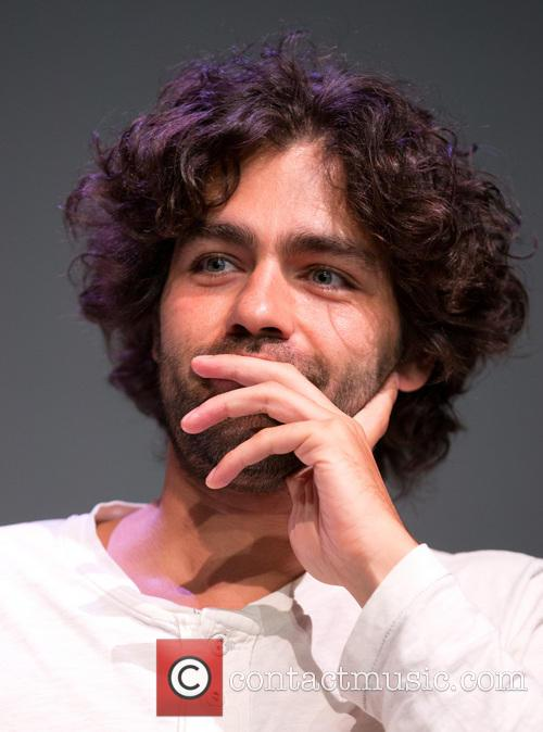 Adrian Grenier, Apple Soho Store