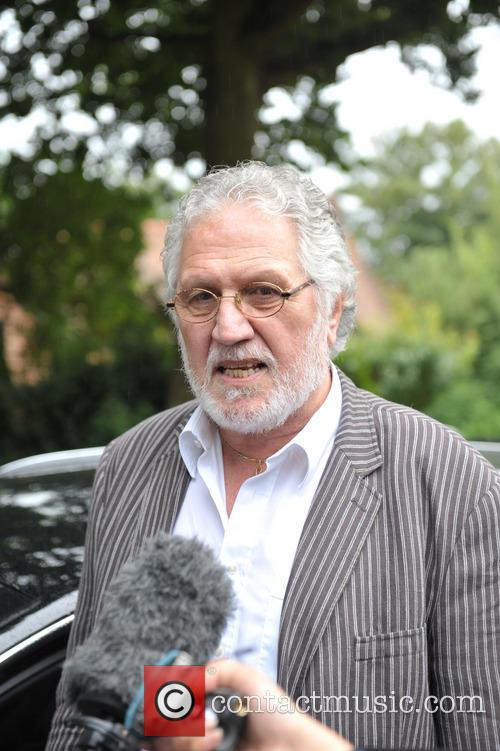 dave lee travis dave lee travis charged 3817585