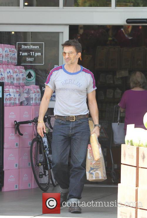 Olivier Martinez seen shopping at a supermarket