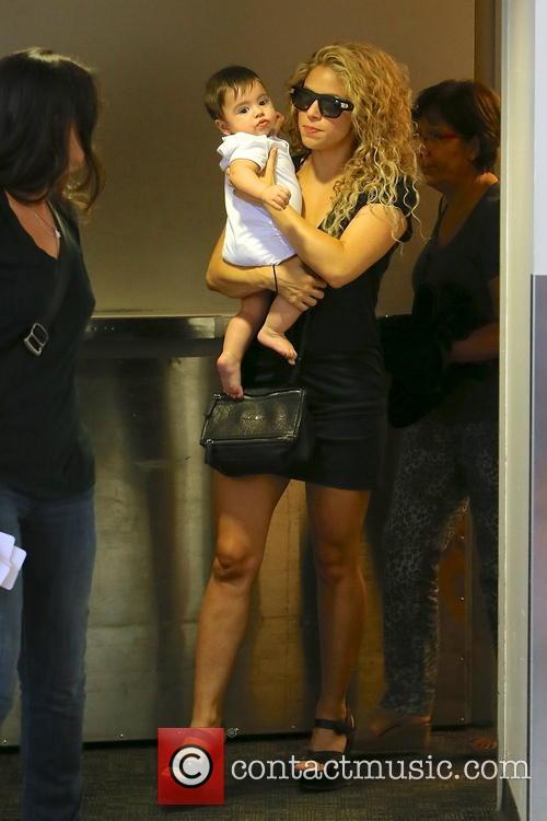 Shakira, Milan Pique Mebarak, LAX Airport