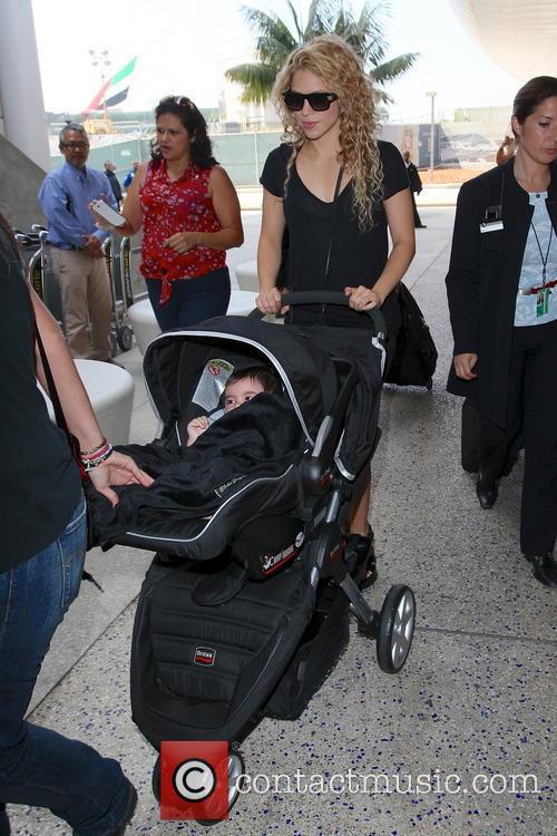 Shakira and Milan Pique Mebarak 14