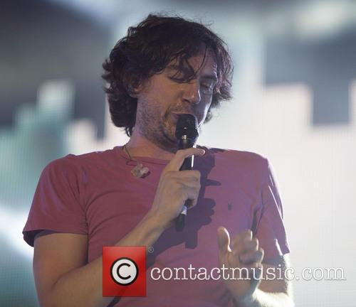 Gary Lightbody and Snow Patrol 9