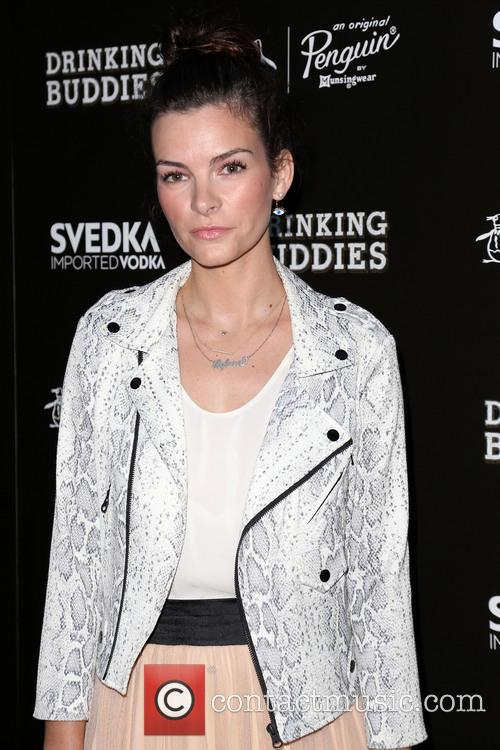 Kelly Oxford 3