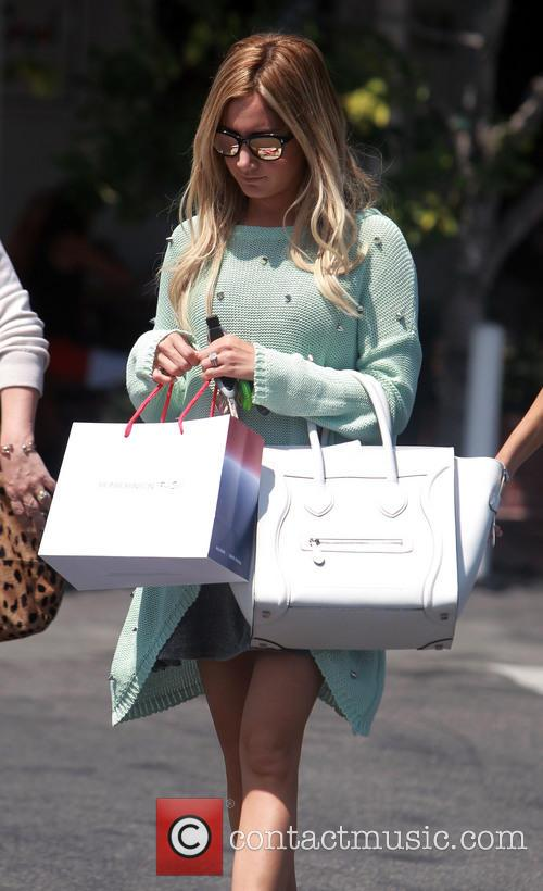ashley tisdale ashley tisdale shopping with friends 3816096