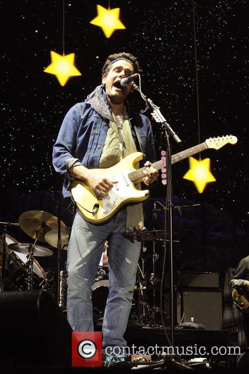John Mayer Performing