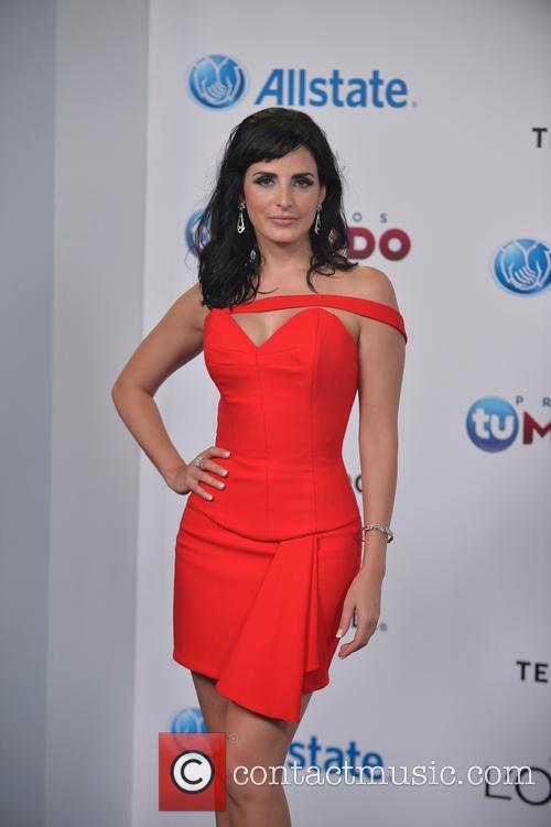 Ximena Herrera 2