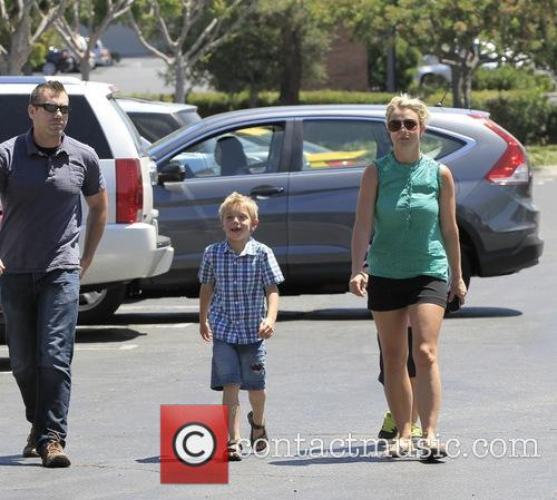 Britney Spears, Sean Federline and Jayden James Federline 8