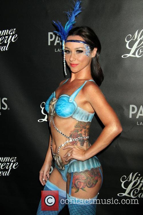 Danielle Harris 13