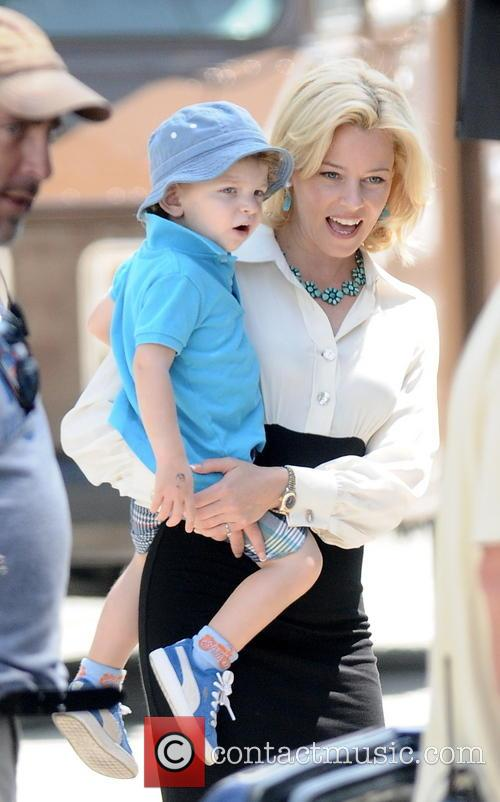 "Elizabeth Banks on the set of her new movie ""Love and Mercy"""