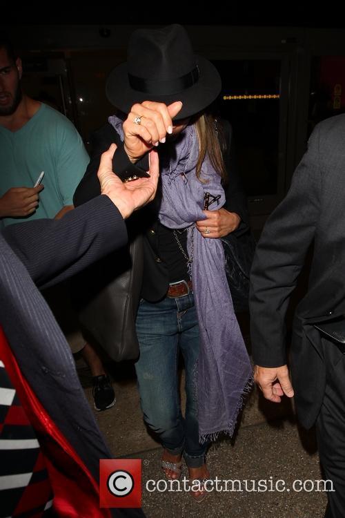 Jennifer Aniston 17