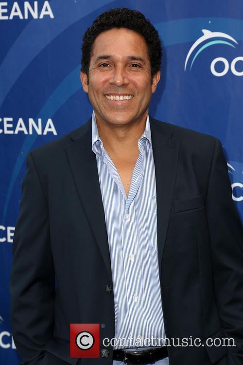 Oscar Nunez 6