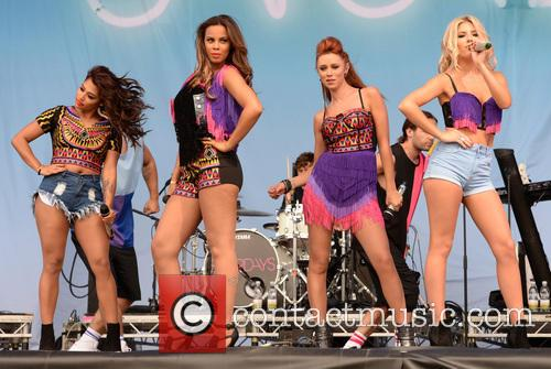 Mollie King, Una Healy, Rochelle Wiseman, Vanessa White and The Saturdays 5