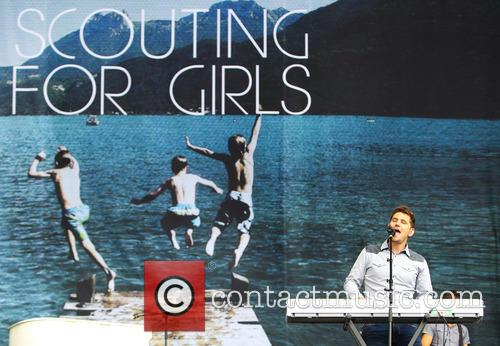 Roy Stride and Scouting For Girls 2