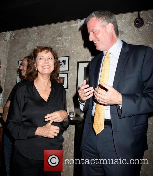 Susan Sarandon and Bill De Blasio 7