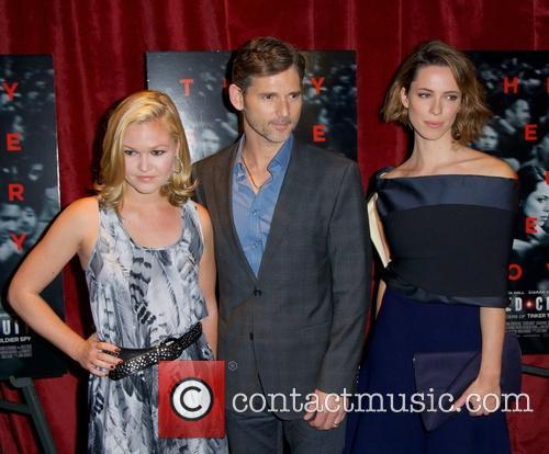 Julia Stiles, Eric Bana and Rebecca Hall 2
