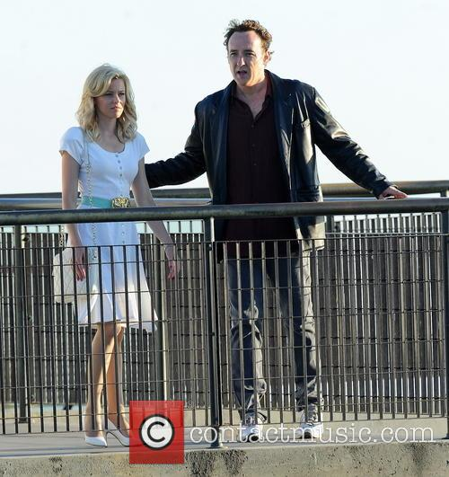 Elizabeth Banks and John Cusack 8