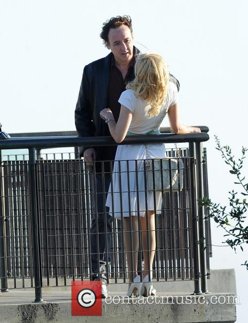 Elizabeth Banks and John Cusack 9