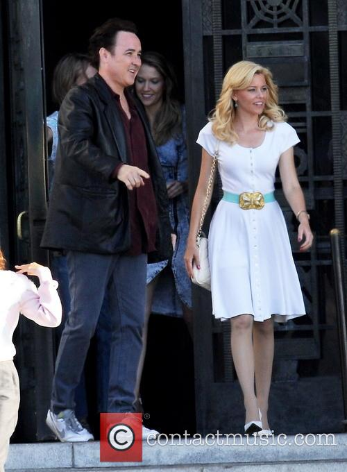 Elizabeth Banks and John Cusack 10