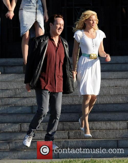 Elizabeth Banks and John Cusack 11
